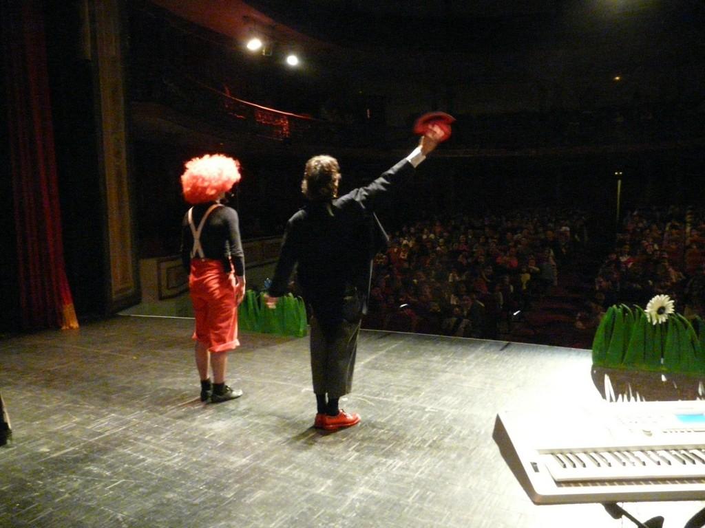 Musicando Teatro - Música Maestro