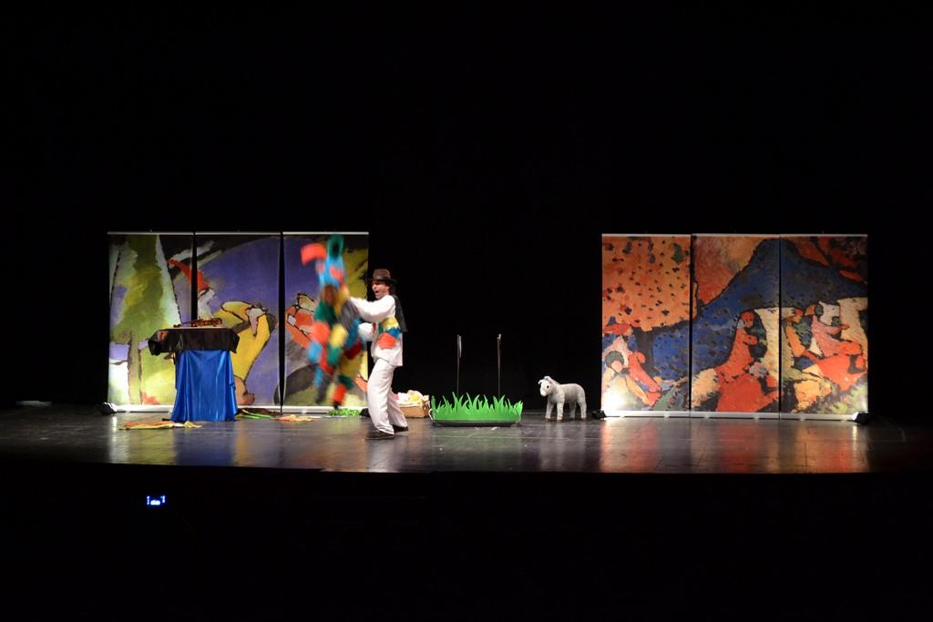 Musicando Teatro - Platero y Yo